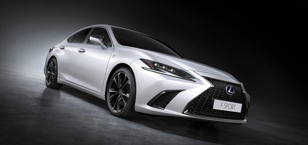 2022 Lexus ES 300h F Sport